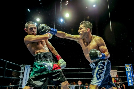 Lopez vs Corral_04_09_2017_Fight_Andy Samuelson _ Premier Boxing Champions12