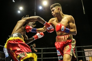 Lopez vs Corral_04_09_2017_Fight_Andy Samuelson _ Premier Boxing Champions4