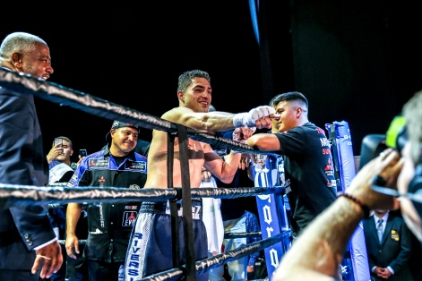 Lopez vs Corral_04_09_2017_Fight_Andy Samuelson _ Premier Boxing Champions6
