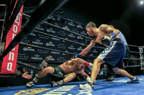 Lopez vs Corral_04_09_2017_Fight_Andy Samuelson _ Premier Boxing Champions7