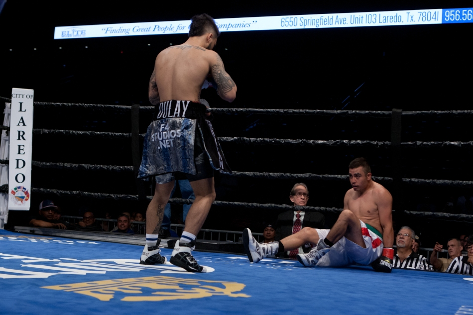Dulay vs. Esquivel_05_20_2017_Fight_Edgar Ramos _ Premier Boxing Champions