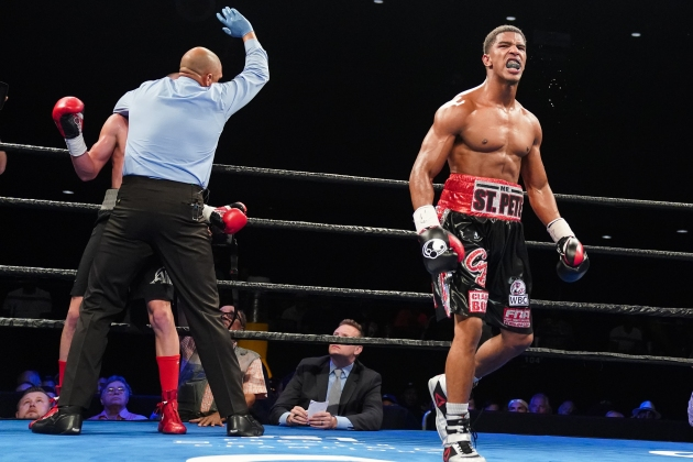 Booth vs Mercado_06_27_2017_Fight_Kenyon Sesoms _ Premier Boxing Champions1