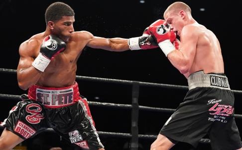 Booth vs Mercado_06_27_2017_Fight_Kenyon Sesoms _ Premier Boxing Champions3