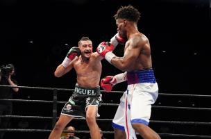Cruz vs Martin_06_27_2017_Fight_Kenyon Sesoms _ Premier Boxing Champions4