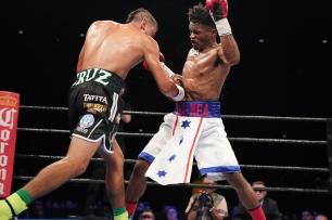 Cruz vs Martin_06_27_2017_Fight_Kenyon Sesoms _ Premier Boxing Champions6