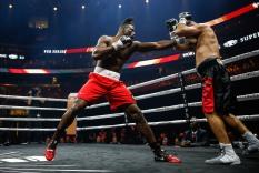 LR_WBSS-FIGHT NIGHT-AJAGBA VS LYONS-TRAPPFOTOS-10212017-0829