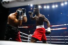 LR_WBSS-FIGHT NIGHT-AJAGBA VS LYONS-TRAPPFOTOS-10212017-0892