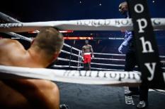 LR_WBSS-FIGHT NIGHT-AJAGBA VS LYONS-TRAPPFOTOS-10212017-0905