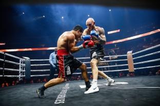 LR_WBSS-FIGHT NIGHT-SULECKI VS CULCAY-TRAPPFOTOS-10212017-1897