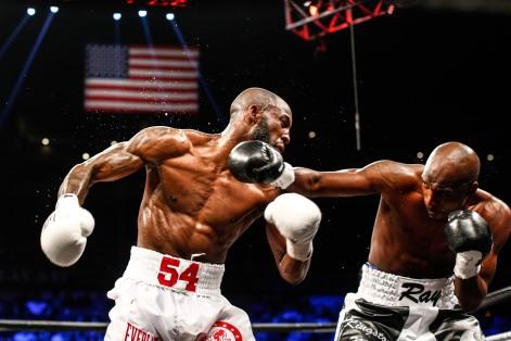 LR_SHO-FIGHT NIGHT-UGAS VS ROBINSON-TRAPPFOTOS-02172018-9091