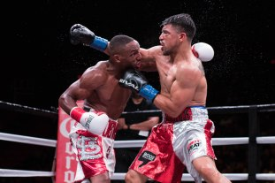 Ortiz vs Alexander_02_17_2018_Fight_Juan Yepez _ Premier Boxing Champions3