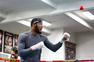 LR_SHO-MEDIA WORKOUT-JULIAN WILLIAMS-TRAPPFOTOS-04042018-8121
