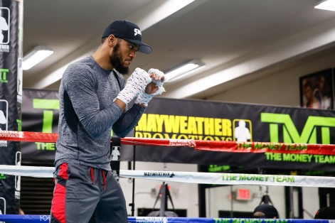 LR_SHO-MEDIA WORKOUT-JULIAN WILLIAMS-TRAPPFOTOS-04042018-9305