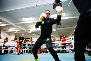 LR_SHO-MEDIA WORKOUT-NATHANIEL GALLIMORE-TRAPPFOTOS-04042018-8781