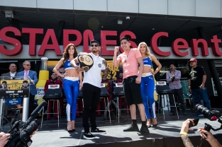 Santa Cruz vs Mares Press Conference Staples Center_10