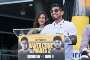 Santa Cruz vs Mares Press Conference Staples Center_18
