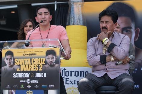 Santa Cruz vs Mares Press Conference Staples Center_20