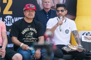 Santa Cruz vs Mares Press Conference Staples Center_26