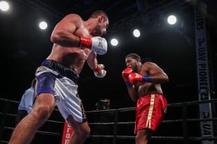 Hunter vs Kiladze_06_10_2018_Fight_Leo Wilson Jr. _ Premier Boxing Champions4