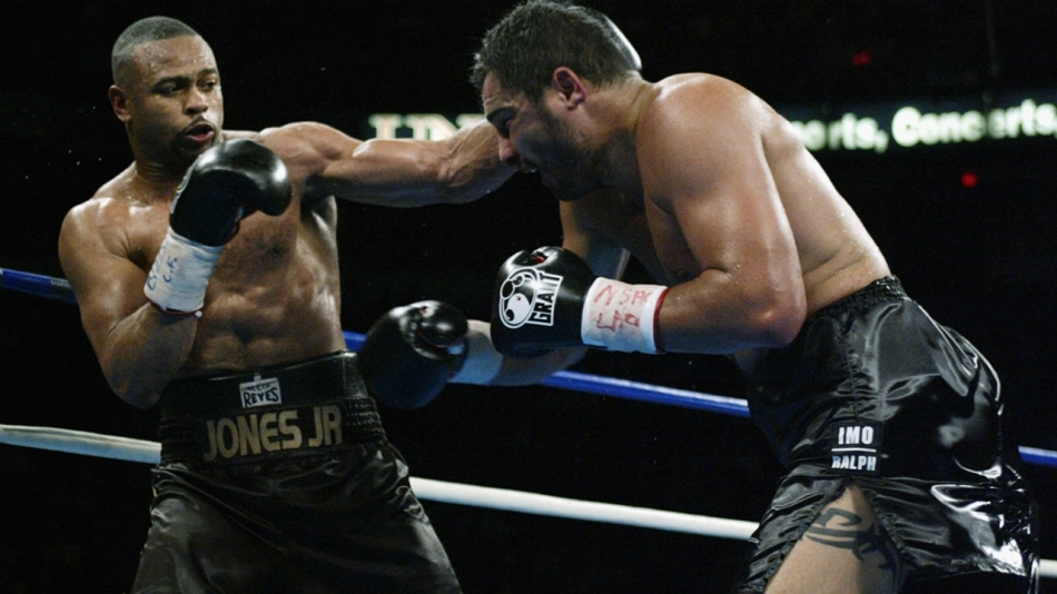 jones-jr-vs-ruiz-getty-ftr-020818jpg_kxmgl8h6635018wmlrp3hg0bm
