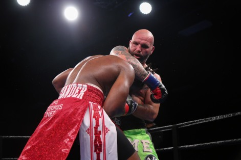 Kauffman vs Alexander_06_10_2018_Fight_Leo Wilson _ Premier Boxing Champions6