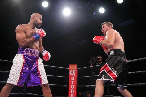 Washington vs Nofire_06_10_2018_Fight_Leo Wilson _ Premier Boxing Champions14