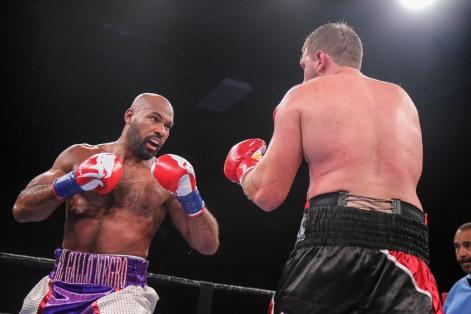 Washington vs Nofire_06_10_2018_Fight_Leo Wilson _ Premier Boxing Champions3