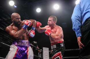Washington vs Nofire_06_10_2018_Fight_Leo Wilson _ Premier Boxing Champions7
