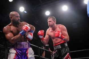 Washington vs Nofire_06_10_2018_Fight_Leo Wilson _ Premier Boxing Champions8